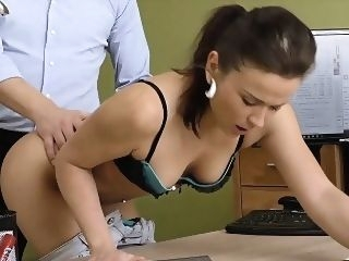 brunette LOAN4K. Frances wants to get a credit for a bike casting czech