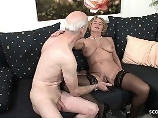 big boobs Grandma and Grandpa at Porn Casting because need Cash German handjob hd