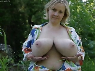 bbw Siliconefree Ana 2 tits top rated