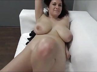 amateur Karolina On Casting blowjob cumshot