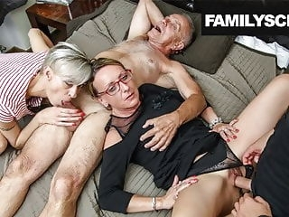 amateur Secretaries take care of Family Business blowjob cumshot