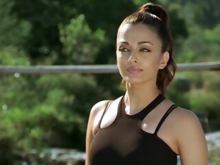 hd Aishwarya Rai From Dhoom 2 indian outdoor