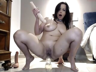 amateur Amateur Busty Mature Milf Toys With A Dick anal big tits