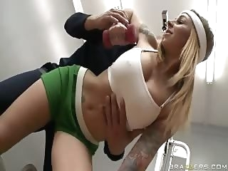 babe Gym Nasties big boobs blonde