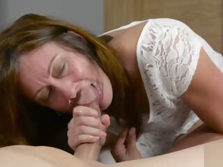 amateur Crazy sex video Amateur moms homemade watch show brunette hd
