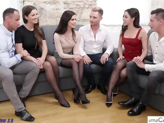 amateur 1111 brunette group sex