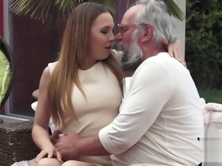 amateur 19yo blonde babe takes grandpas cock blonde european