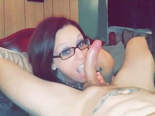 amateur Trashy Mom Leaves Husband For Big Dick big cock blowjob