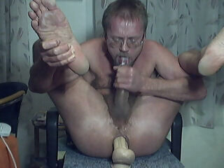 gay amateur HARRI LEHTINEN IS HAVING A HOT CUMEATING SELFSEX SOLO! gay big cock gay blowjob
